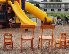 インドネシア産家具『クロカス』が被災地の公園へ