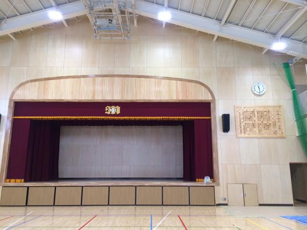 町田小学校 校歌ボード設置&卒業式